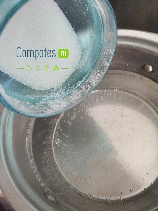 Сыпем сахар в воду